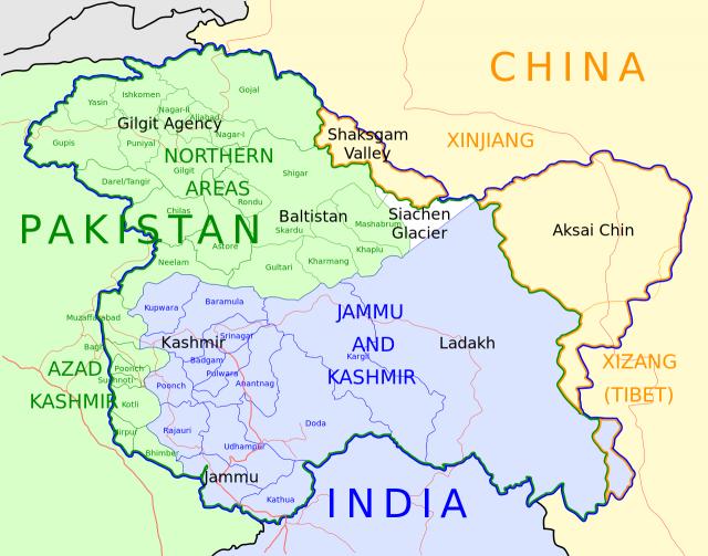 В индийском Кашмире протестующие расстреляли шестерых полицейских
