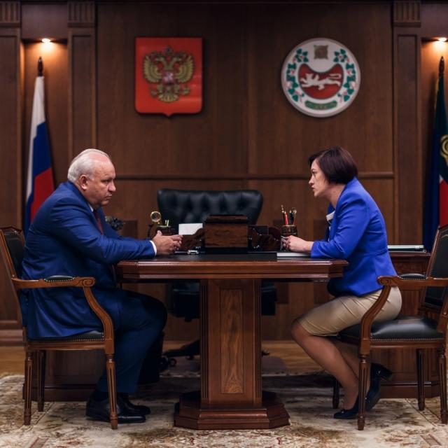 В Хакасии хотят «восстановить имидж» министерства по закупкам