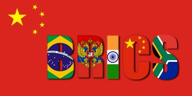 Си Цзиньпин пообещал «золотую декаду» членам БРИКС