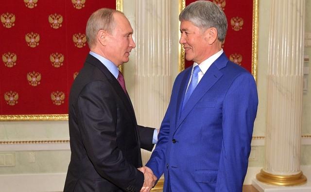 В Москве прошла неформальная встреча Путина и Атамбаева