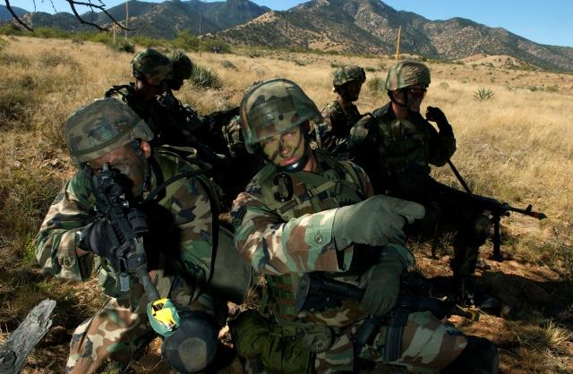 США потратили почти $100 млн на неподходящую форму для солдат в Афганистане