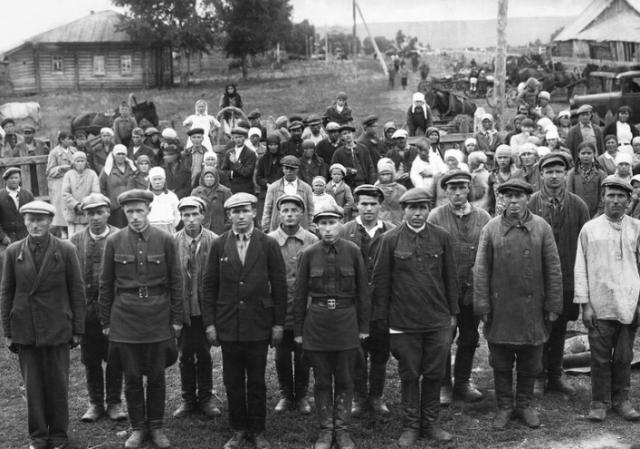 «И вдруг — война!»: на Алтае вспоминают павших в битве с фашизмом