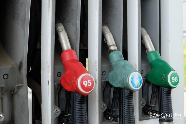 В Крыму нашли причину завышенных цен на бензин