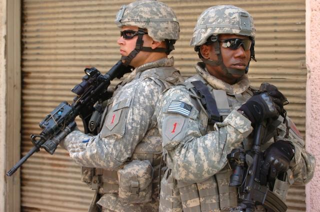 Станислав Тарасов: США могут получить легитимацию своего военного присутствия в Сирии