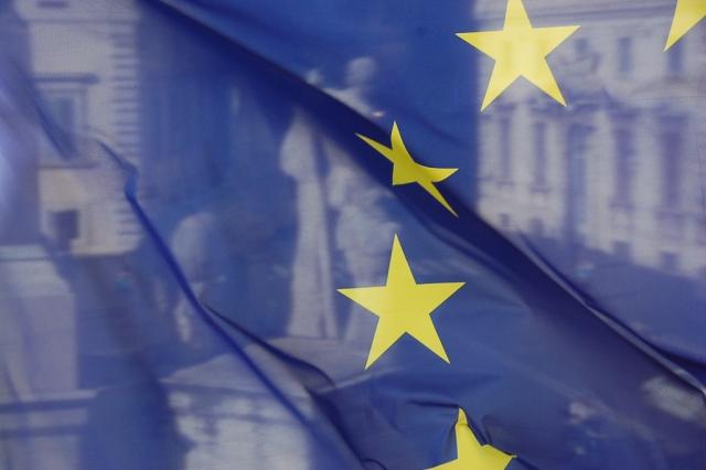Триумф Китая и позор ЕС. Демократия продана на 51%