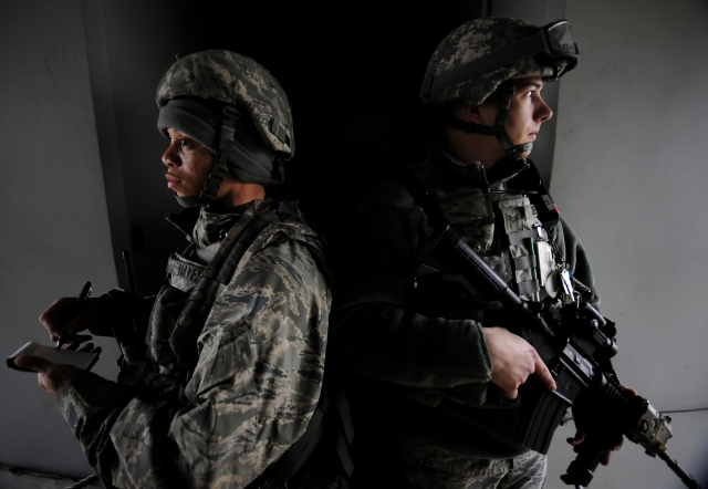 Военная база Инджирлик