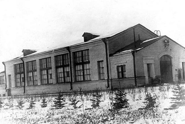 От первого реактора к атомной промышленности