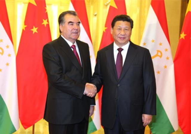 Президент Таджикистана Эмомали Рахмон и Председатель КНР Си Цзиньпин