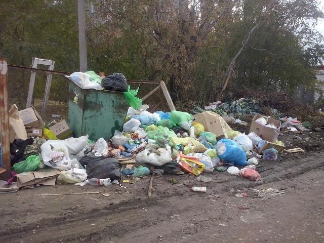 Кто саботирует «мусорную» реформу в Астрахани?
