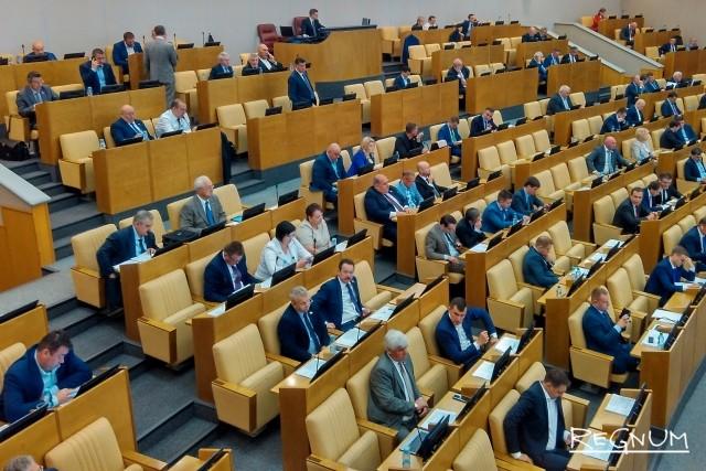 Законопроект об ограничениях микрокредитования внесен в Госдуму