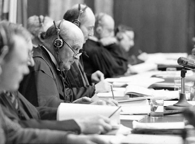 Судьи Нюрнбергского трибунала за работой