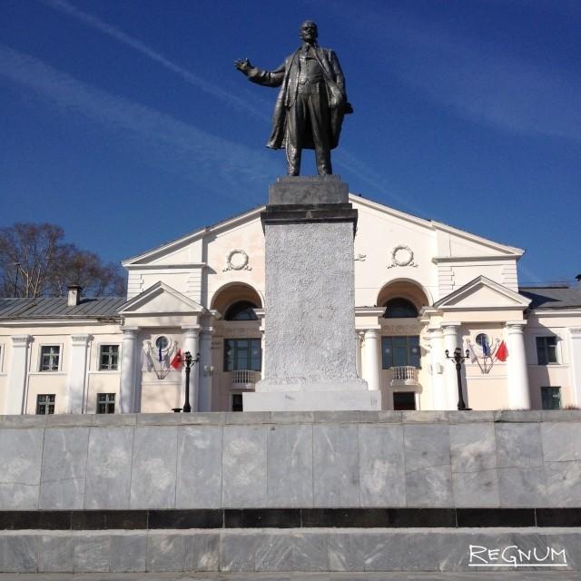 На Урале обезглавили памятник Ленину