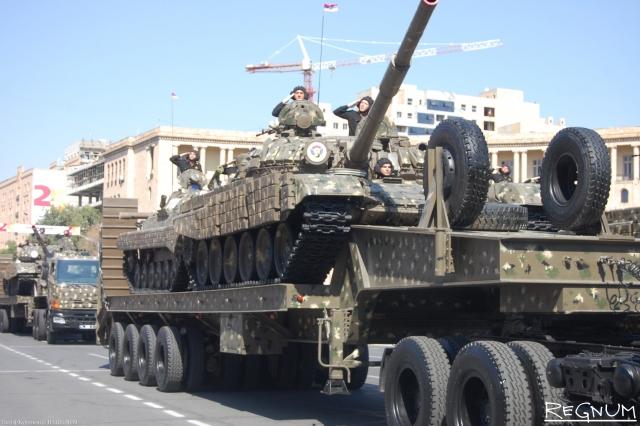 Армения намерена получить новый военный кредит от России
