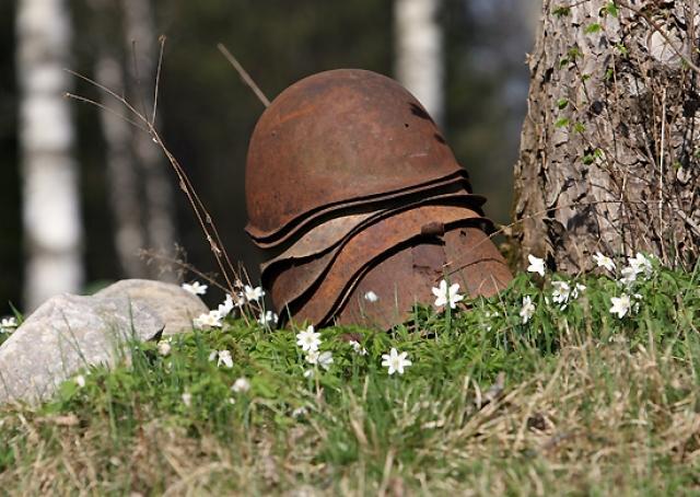 Госдума призвала Европу осудить снос советских памятников в Польше