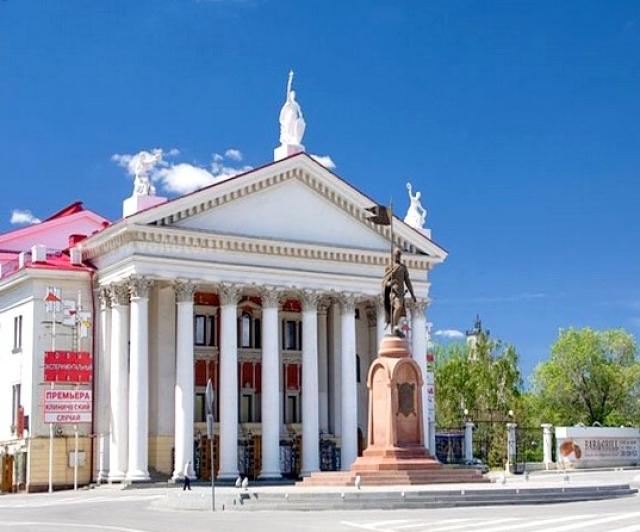 В Волгограде решают дальнейшую судьбу нового экспериментального театра