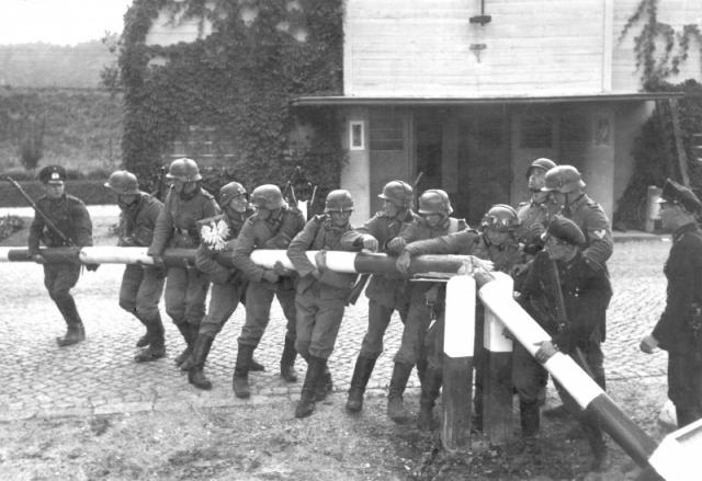 Вермахт вторгается в Польшу