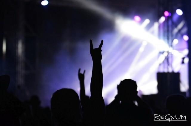 «Чернозём-2017»: рок-идолы, музыкальный неформат и танцующий Ленин