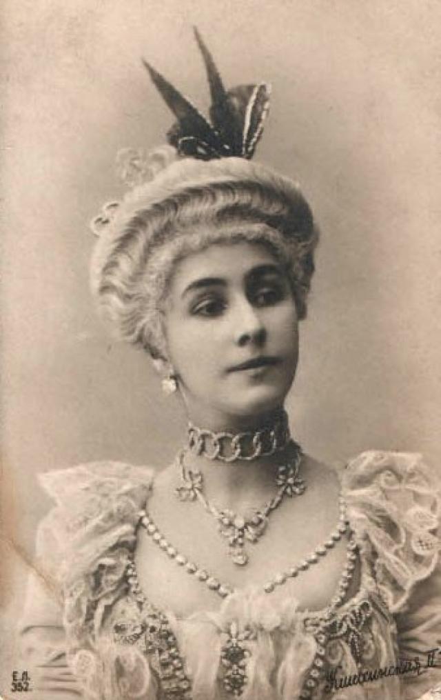 Матильда Кшесинская в костюме к балету «Камарго», ок. 1902