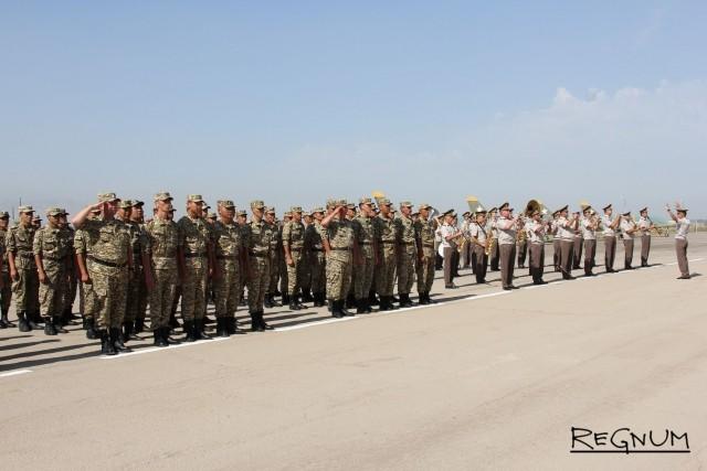 Представители вооруженных сил Киргизской Республики