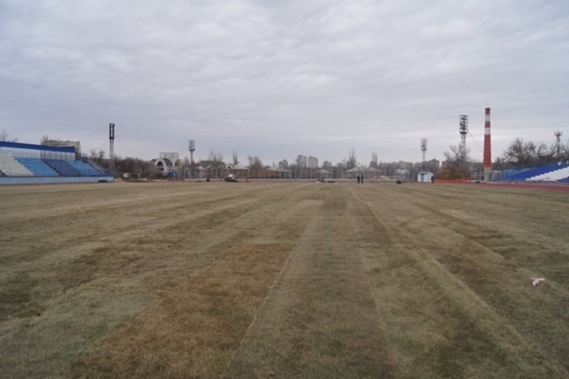 На стадионе «Зенит» завершены работы по устройству нового футбольного поля