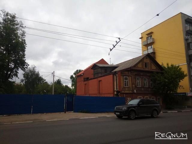 Новый собственник дома, связанного с именем Максима Горького, решил перестроить его на свой вкус