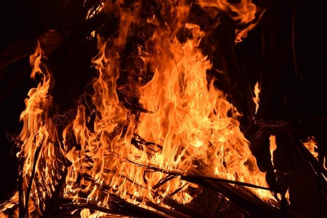 В Петербурге сгорел оборонный завод. Имеются признаки поджога