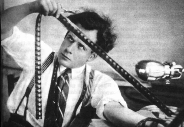 Американский стандарт убил кино в России или только зрителя?