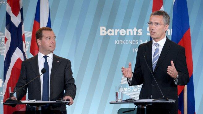 Дмитрий Медведев и Йенс Столтенберг