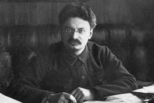 Лев Троцкий