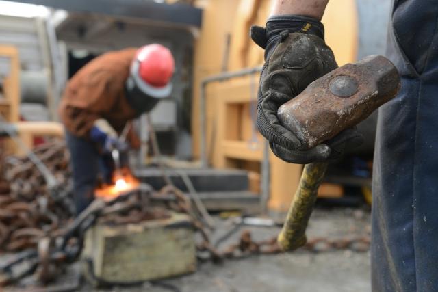 Драка казахстанских и индийских рабочих: обзор мнений