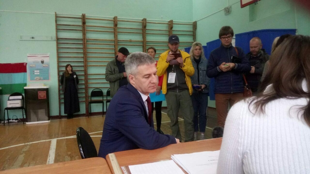 Артур Парфенчиков на участке в Петрозаводске. 10 сентября 2017 года