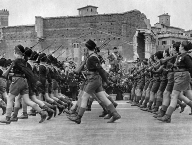mussolini s increase in power