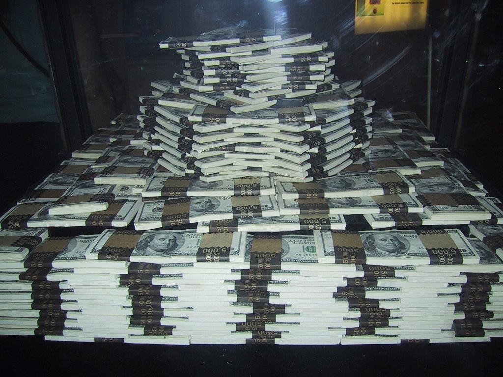 Миллион долларов. Требуется 37 раз по столько