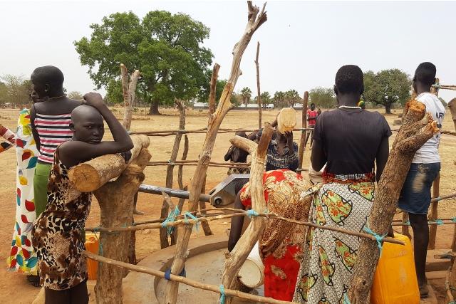 ООН: Более 6 тыс. беженцев вернулись обратно в Южный Судан