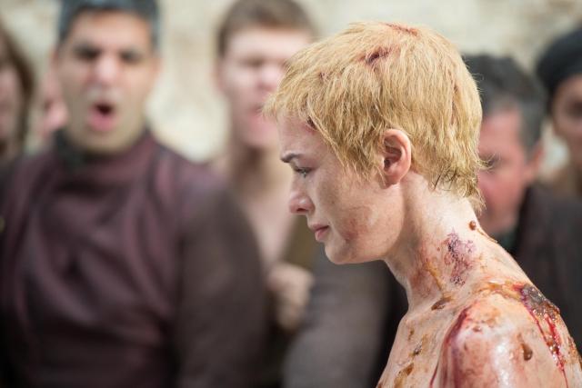 «Виновна!» Клинтон примерила на себя образ героини «Игры престолов»