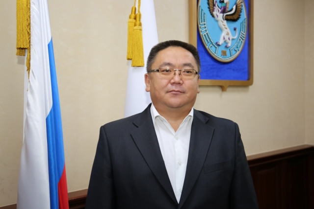 Сергей Очурдяпов
