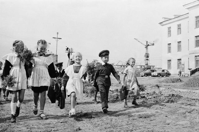 Школьники в Темиртау. 1950-е