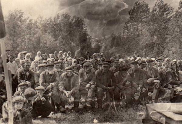 Сельский сход крестьян