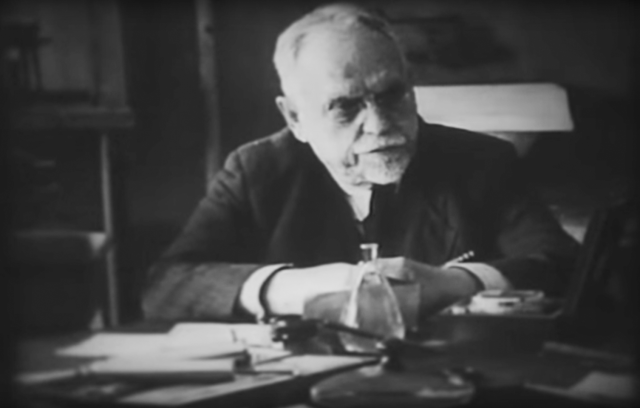 Николай Александрович Семашко с коллегами (фрагмент)