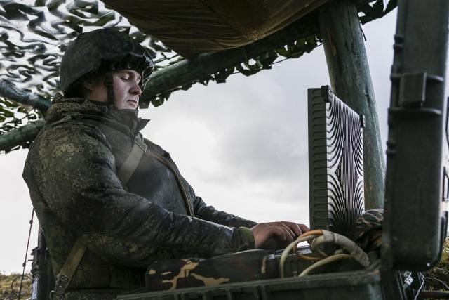 Расмуссен: НАТО вооружаться можно, всем остальным — нет
