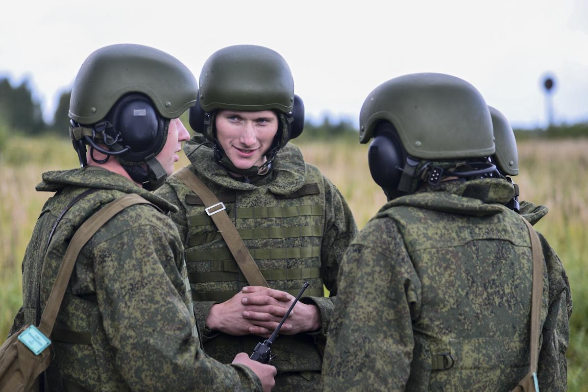 Учения в армии картинки