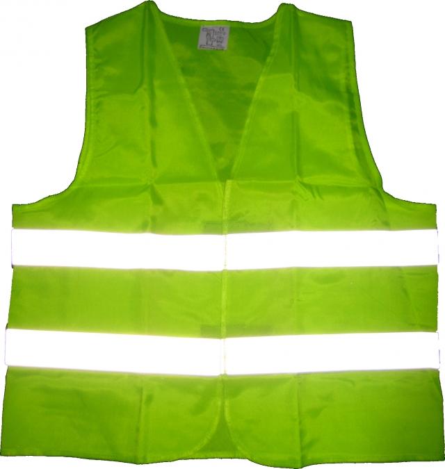 Водителей в РФ могут обязать надевать светоотражающую одежду в темное время
