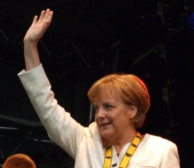 Exit-poll: Меркель побеждает на выборах в Германии, но мало
