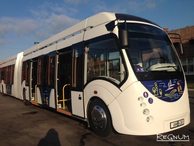 В Петербурге начались испытания большого белорусского электробуса