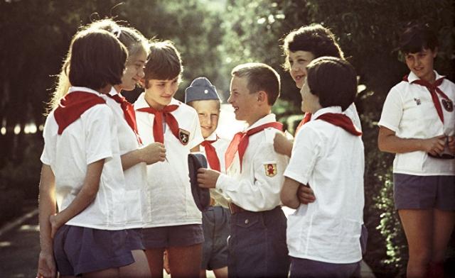 Советские пионеры на слете пионеров в лагере «Артек» имени В.И. Ленина