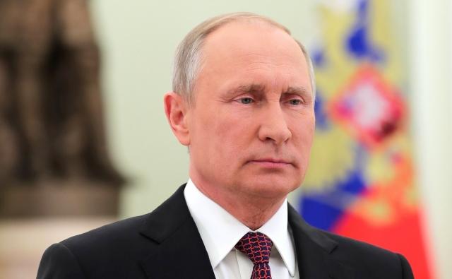 Путин поручил правительству сделать доклад по долгам субъектов Федерации