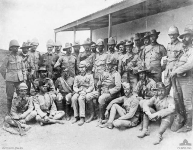 Британские и австралийские солдаты