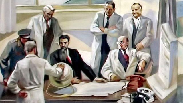 «Он теплый!» И.В. Курчатов, Л.П. Берия, М.В. Келдыш, В.П. Мишин и С.П. Королёв на демонстрации И.В. Сталину плутониевой сферы в 1948 году — фрагмент росписи вокзала в Екатеринбурге