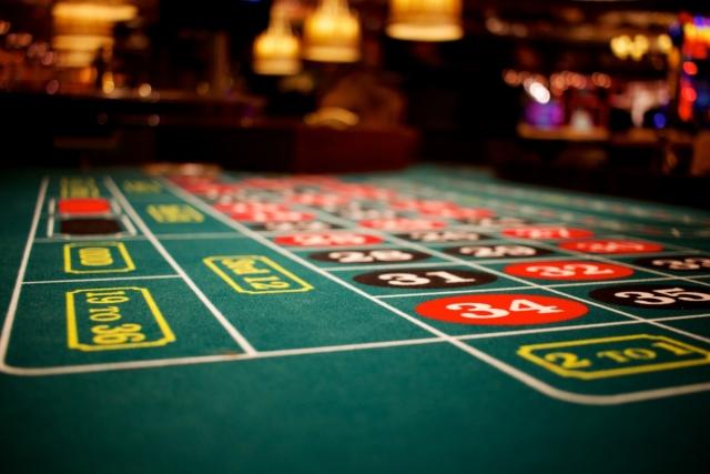 Депутаты хотят вернуть казино в россии игровые автоматы super jampo