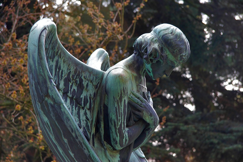 Кладбище. Траур